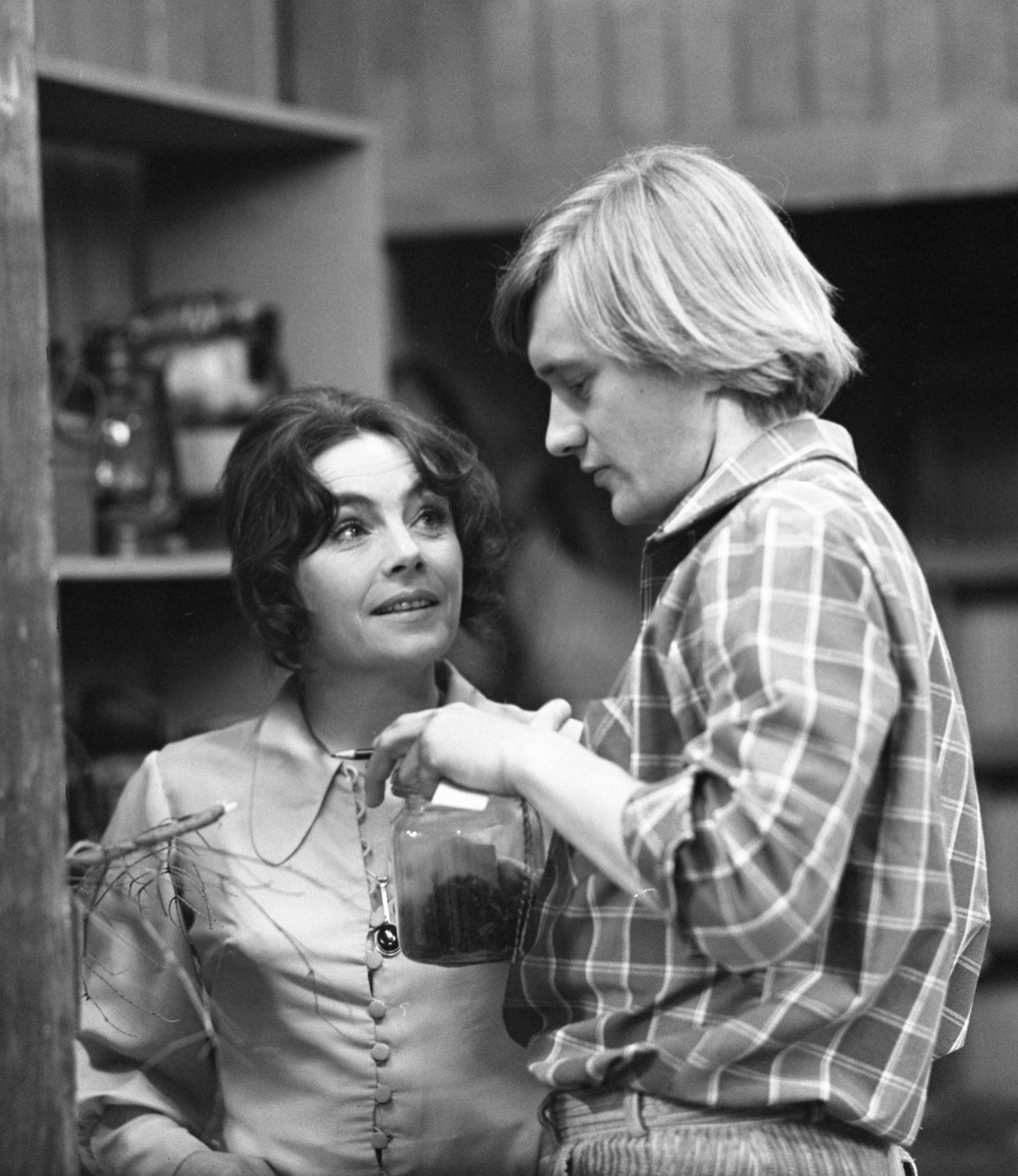 PHOTO: TVP/EAST NEWS Teatr Telewizji 1972 - Zezwolenie na odstrzal - wnyki, rez. ?  N/Z: Andrzej Seweryn    J-6986-5